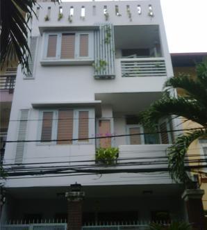 Bán gấp nhà HXH Phan Văn Trị, Q5, DT: 4*16m, nhà 3 tầng, giá bán 8.5 tỷ