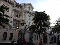 Nhà chính chủ bán nhanh mặt tiền đường Phạm Thái Bường, quận 7 (310 m2)