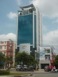 Đinh Tự bán khách sạn mặt phố Lê Tháng Tôn, 19 tầng, giá 800 tỷ